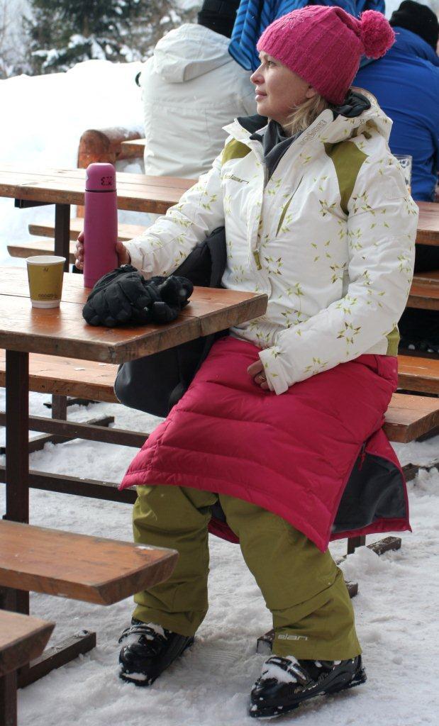 Se SKHOOP zimními sukněmi to opravdu není žádný problém a to ani v mrazivém  počasí ea5b56b79b