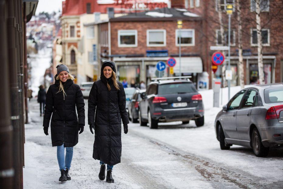 Zimní péřové kabáty Hella a Long Down